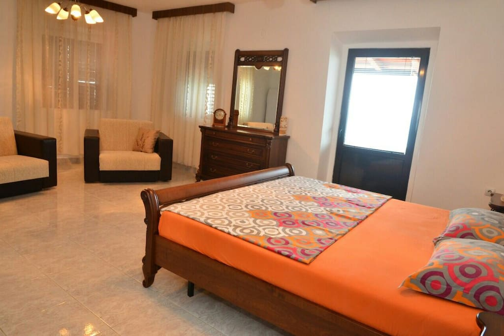 Rooms 4 people ore 2 people 45 m2 chambres d 39 h tes for Chambre hote 45