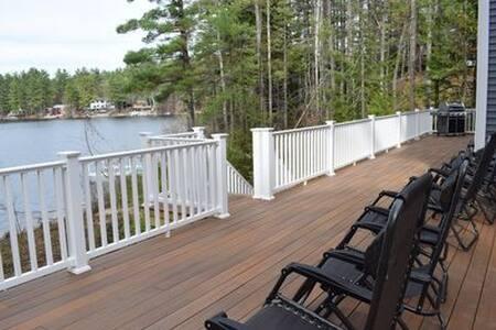 5 BR Belleau Lakefront Home built in 2017