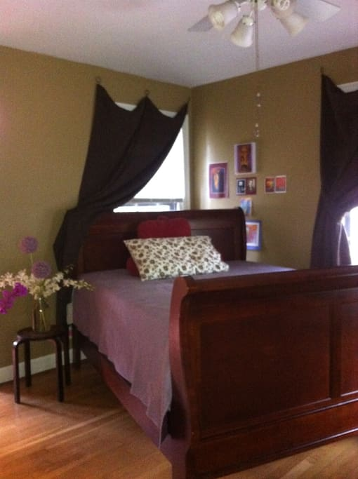 Master suite with queen bed.