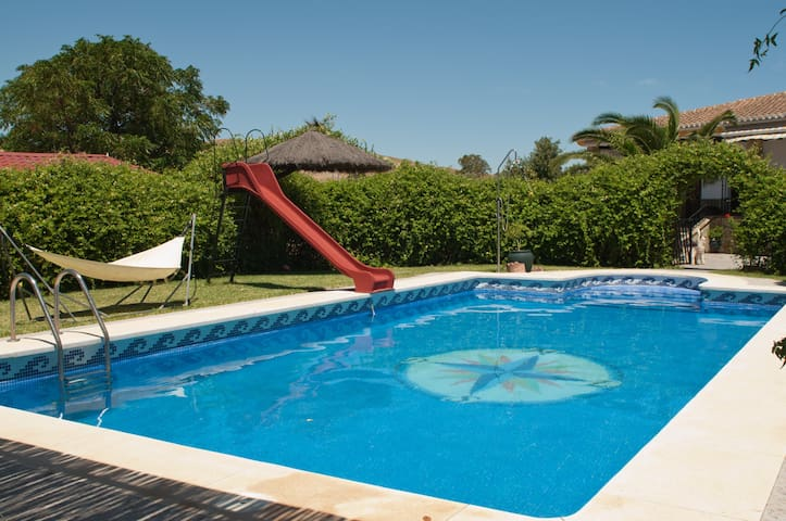 Luxury Villa, pool and tennis court - Ardales - House