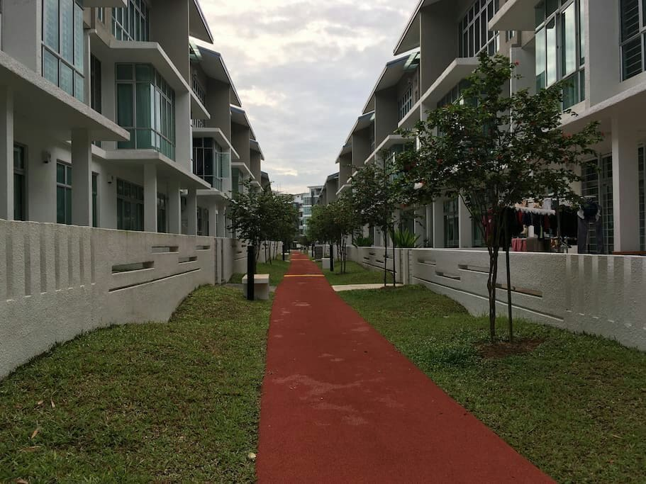 Rear lane home