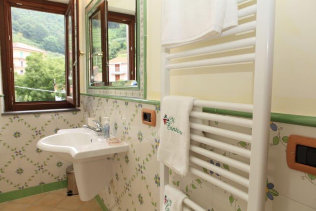Bagno camera Piedirosso