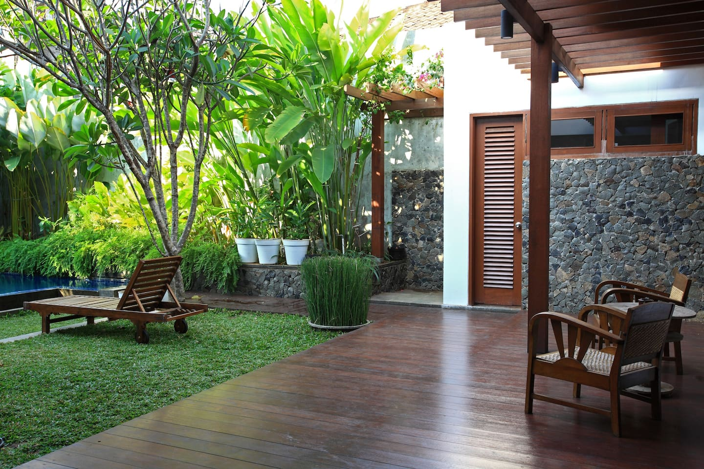 Tropical wood house in Central Jkt
