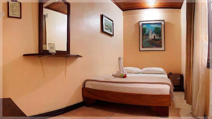 Hotel Pacande Double Room with Shared Bathroom