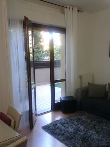 Nice  and quite studio  Varese - Varese - Apartemen