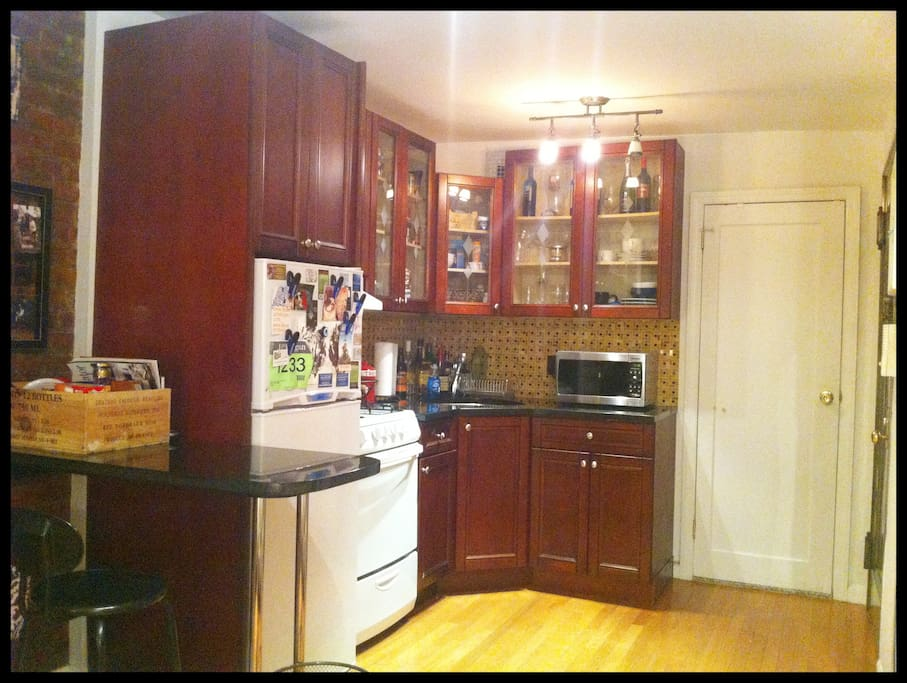 Kitchen nook -- all brand new amentities (fridge, stove, sink, microwave)