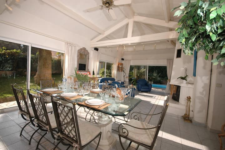 Magnificent 5 bedroom Villa in Antibes (Q7775)