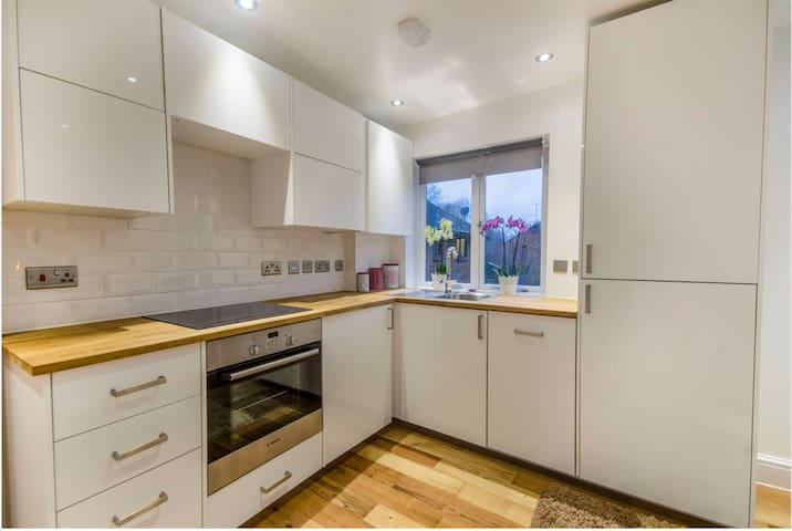 New refurbished Flat - Chiswick - Londen - Appartement