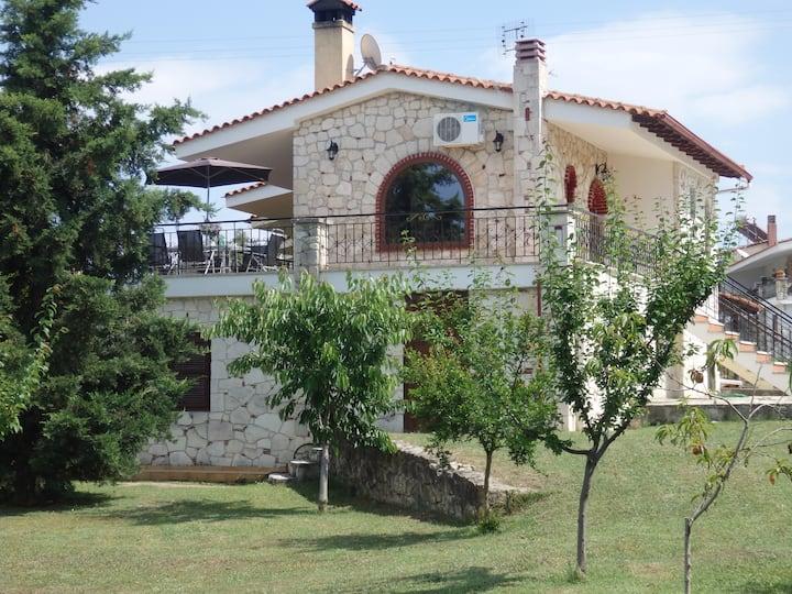 Luxury Villa George