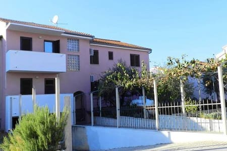 Dimensions / Outlook Festival 3 Bed Apartment - Pula