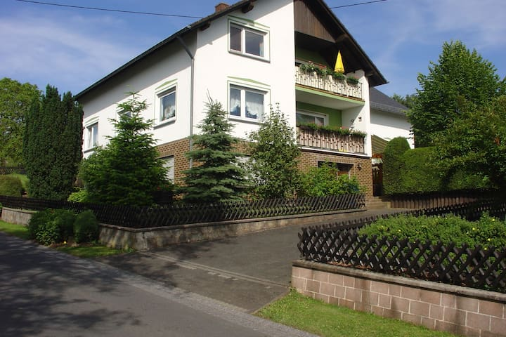 A comfortable holiday home in the picturesque Kyllburger Waldeifel region.