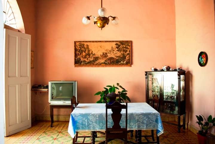 Habitación 1 de Hostal Colonial, amplia y cómoda