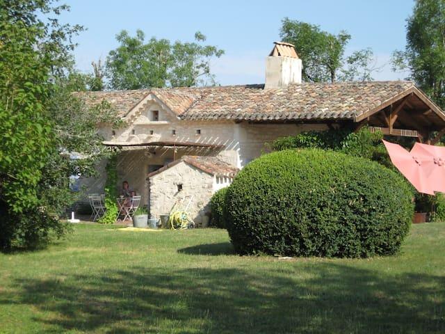 Maison de charme dans le Quercy - Castelnau-Montratier - Ház