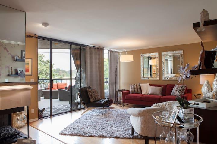Beautiful, Water view Condo with Security Garage - Long Beach - Apto. en complejo residencial