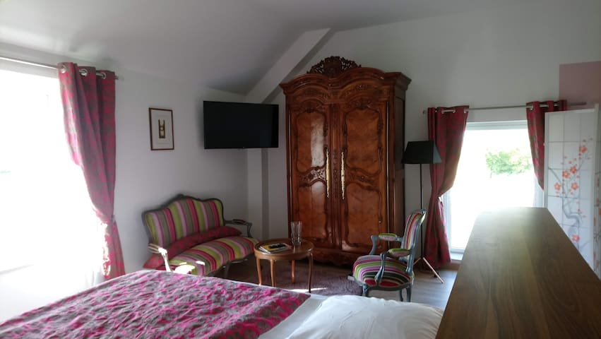 Suite ST GEORGES,  VUE*** FACE MONT ST MICHEL