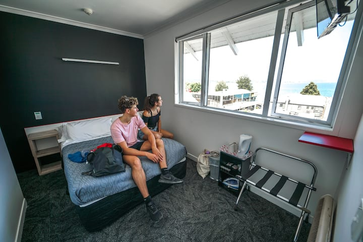 Double Room in a Central Taupo Backpackers
