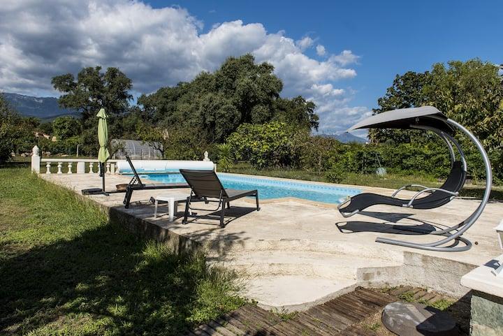Maison, piscine, havre de paix