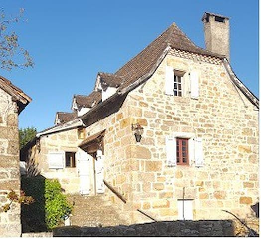 Bouyssou house
