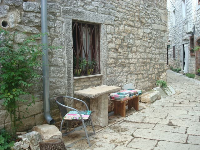 Beautiful Istrian old-town chalet