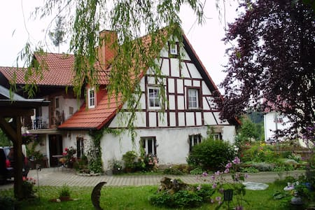 The romantic frankonian Witchhouse - Wiesenttal - Hus