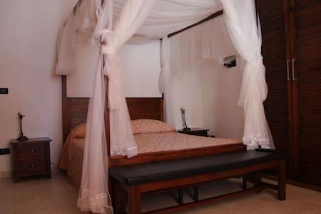 Holiday Apartment Villa Dyria 6 bed - Monopoli - Talo