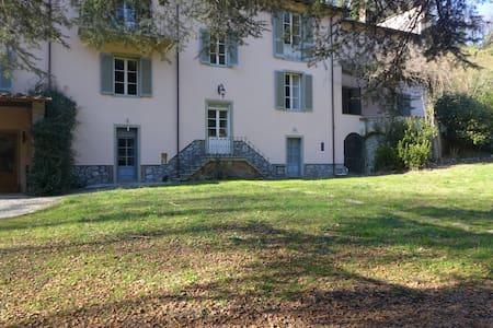 Riverside Villa  - Bagni di Lucca - วิลล่า