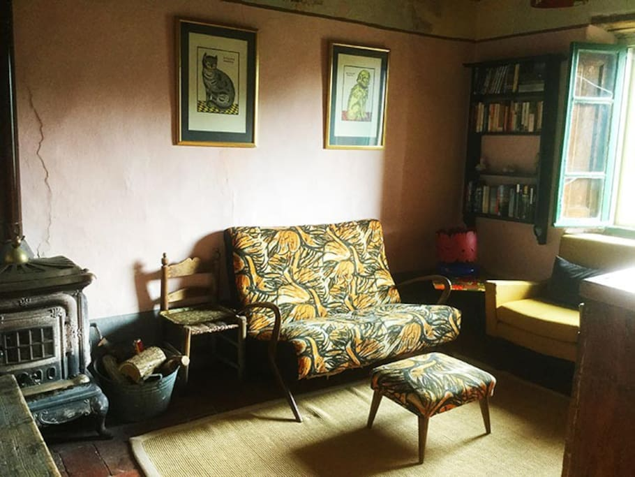 Sitting room - modernist sofa from Lucca Antiques market!