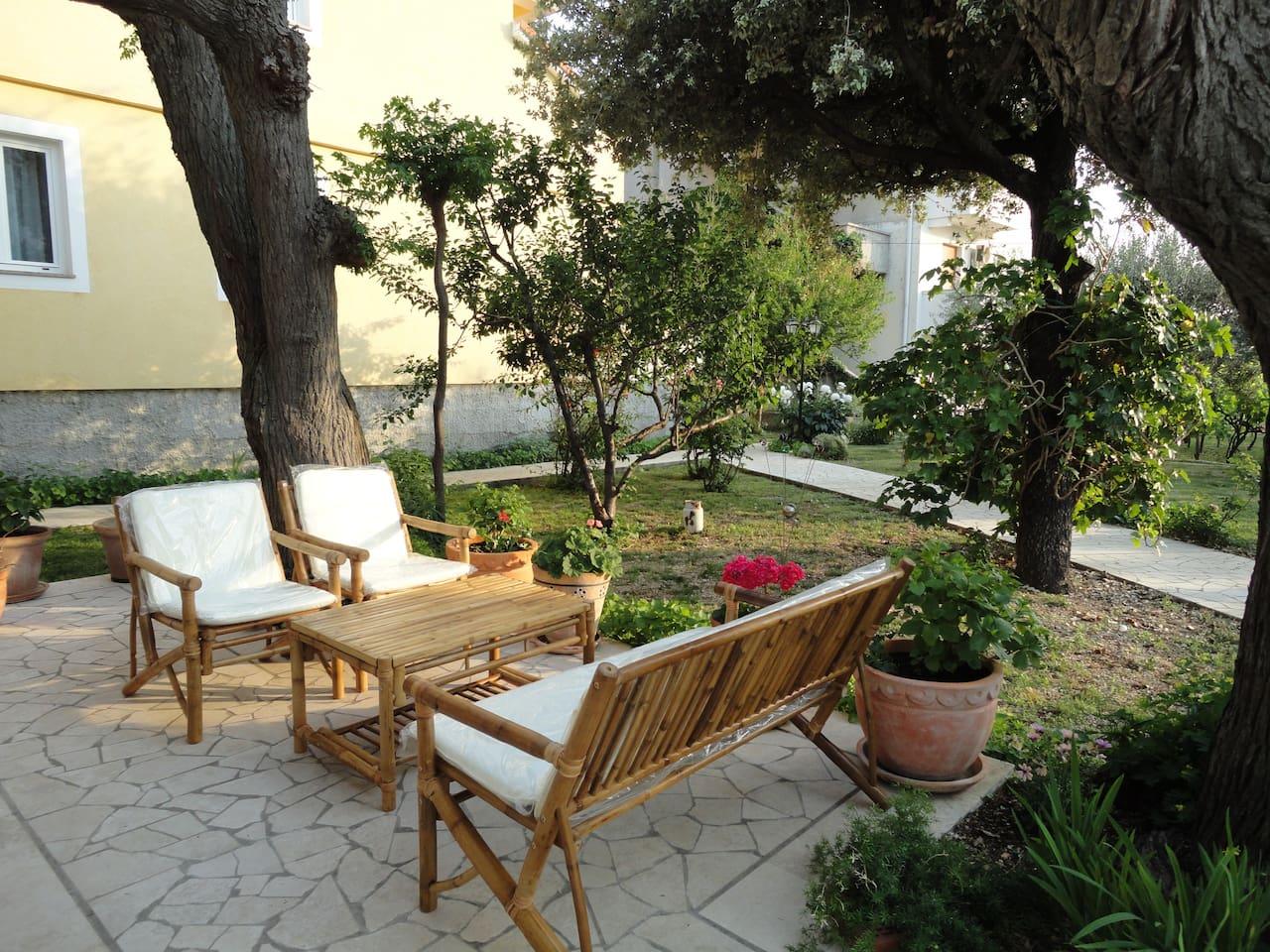 Apartment Mladenka, Barbat 230- Terrace