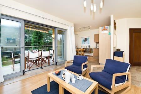 Lux Apt @bay, view w.Garden+Terrace - Jurata - Apartamento