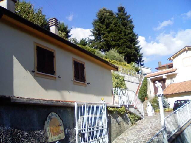 intera casa(monolocale indipendente - Maissana - House