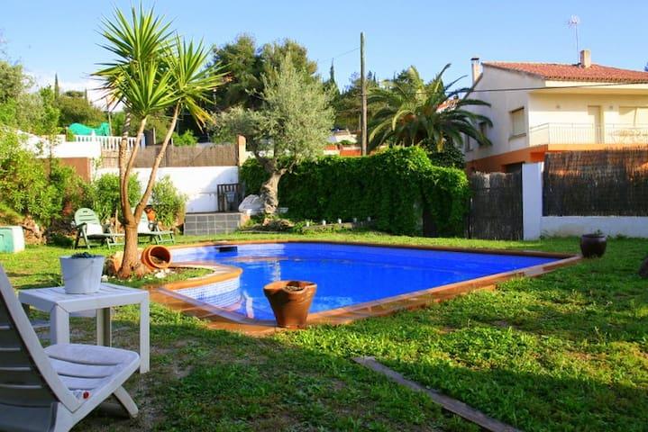 casa con piscina - Viladecavalls