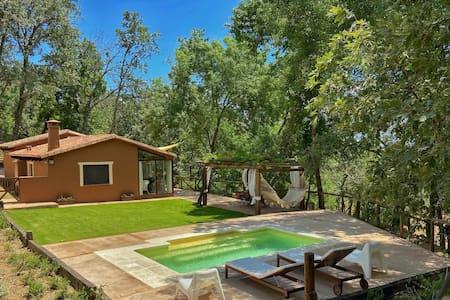 Los Fresnos 2 dormitorios/2 baños con piscina