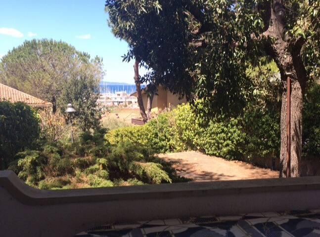 Beautiful sea view flat