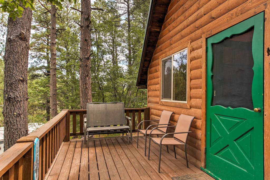 This secluded cabin is the prefect place  to experience the outdoors.