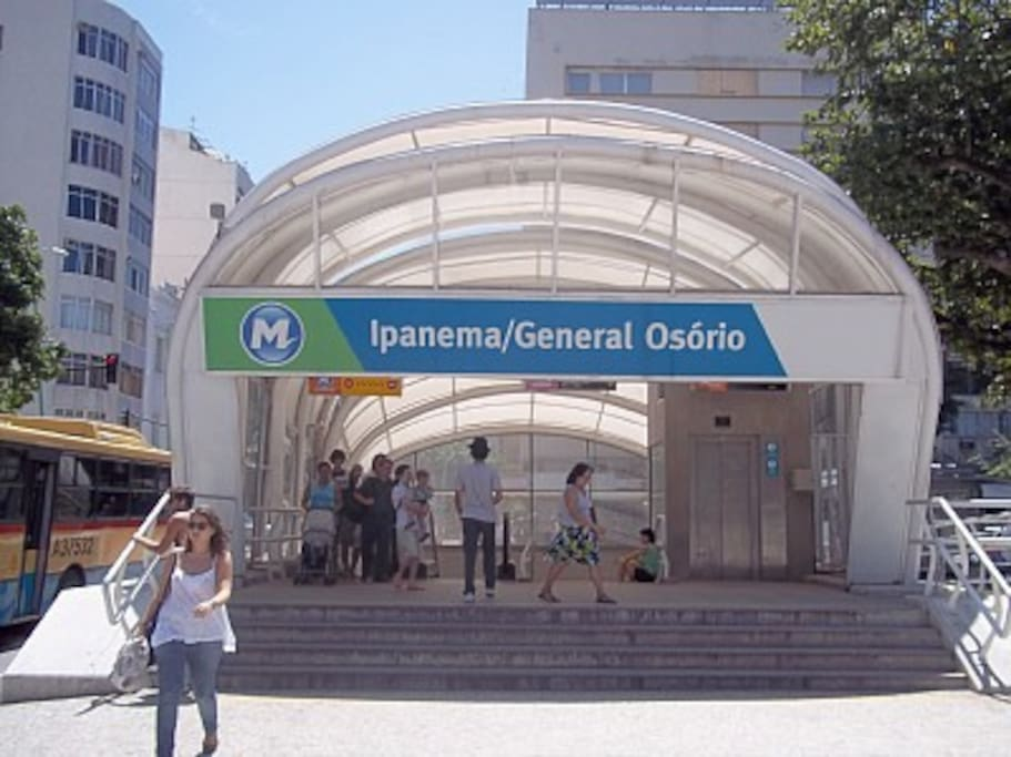 Underground/Metro