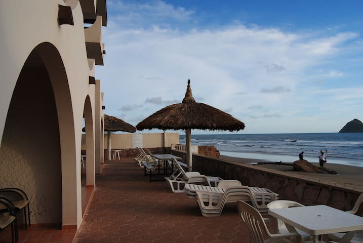 Private Beachfront Suite -Mazatlan - Mazatlán - Appartement