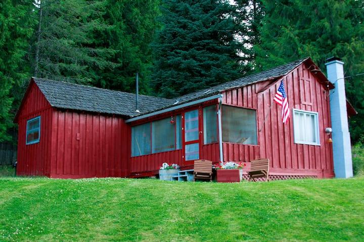 Lewis & Clark Trail Cabin @ Syringa