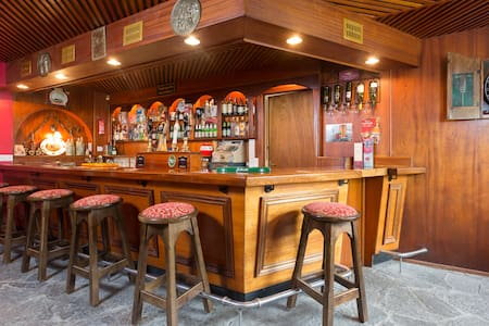 The World's 1st Self Catering Pub ! -  Aglish (nr.Borrisokane) Co