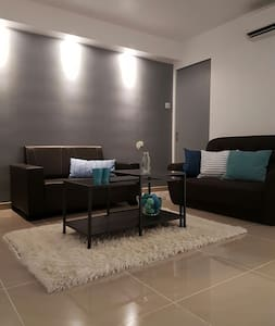 Blue Peace Cozy Home @ Damansara - Apartemen