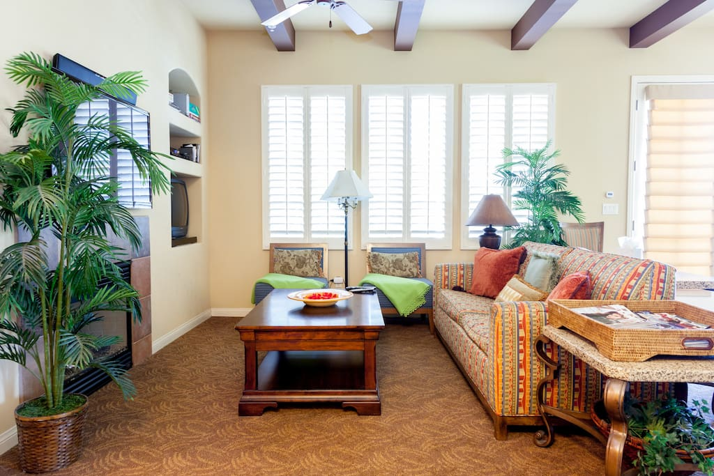 Luxury Furnished 1,2 & 3 Bedroom units in La Quinta California