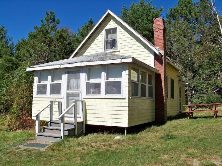 Cottage #7, Robinson's Cottages, Pet-friendly
