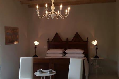 Vicolo del Nido Bed&Breakfast - Paderno Franciacorta - Bed & Breakfast