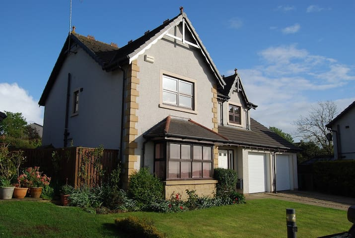 3 bed house near major golf courses - Symington - Dom