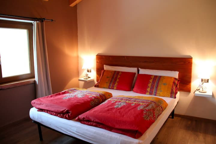 LUXURY B&B NEAR TIRANO - B&B MORTIROLO
