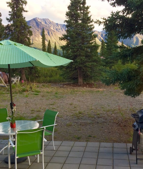 Beautiful mountain views from the Cottage patio