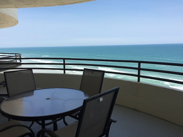 PERFECT OCEANFRONT RETREAT at SAND DOLLAR CONDO