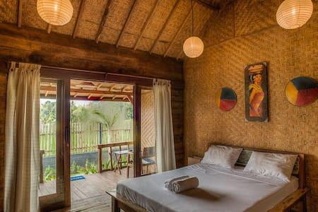 Simple room in Bali - Bali, Indonesia - Bed & Breakfast