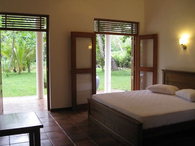 Hettimulla River House    - Beruwala - Bed & Breakfast