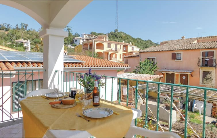 Holiday apartment with 2 bedrooms on 35m² in Arbatax