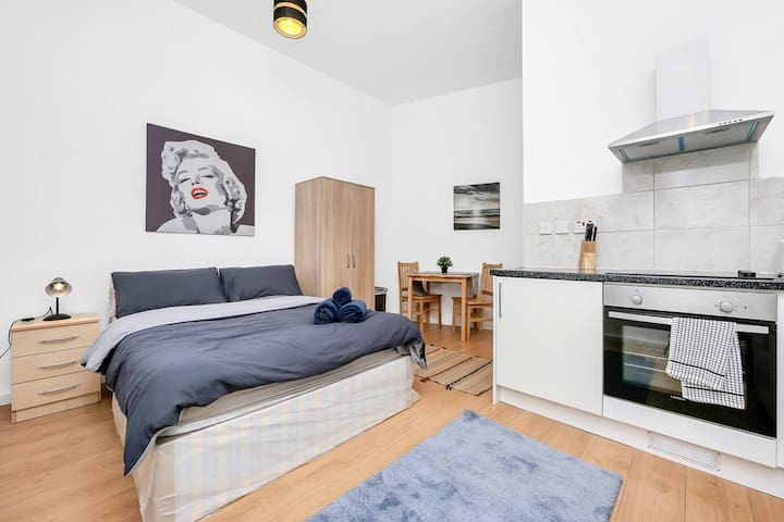 Lovely STUDIO in Camden close toTube